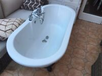 Free standing Bath White with Fittings