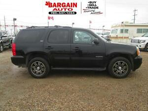 2011 GMC Yukon SLT,7 PASSENGER,LEATHER