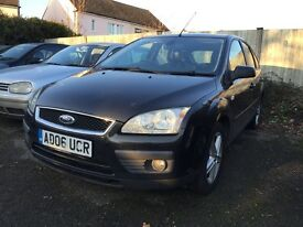 Ford Focus black 2.0 tdci diesel manual breaking for parts / spares