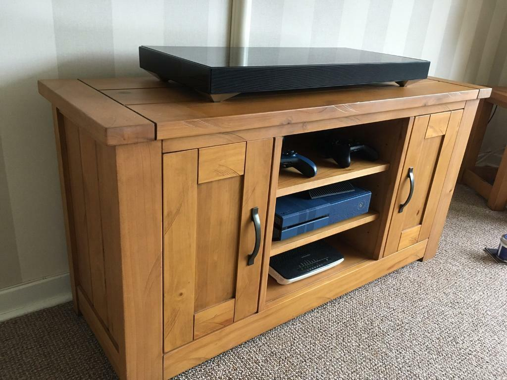 TV unit, nest of 2 tables and sideboard