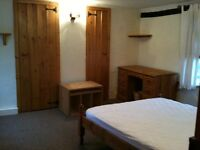 DOUBLE ROOM AVAILABLE IN SHARED CHARACTER HOUSE