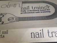 Creative Nail hand trainer