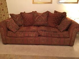 3 seater and 2 seater matching sofas for sale. Clean and comfortable