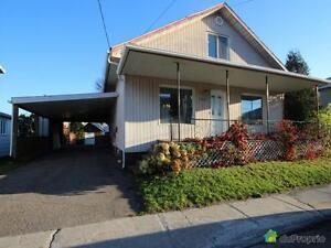 176 000$ - Maison 2 étages à vendre à Jonquière