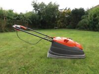 Flymo Lawn Mower that collects Grass Cuttings