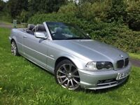 BMW 320CI SPORT CONVERTIBLE 02 REG IN SILVER WITH GREY LEATHER,FULL SERVICE HISTORY, MOT JULY 2018