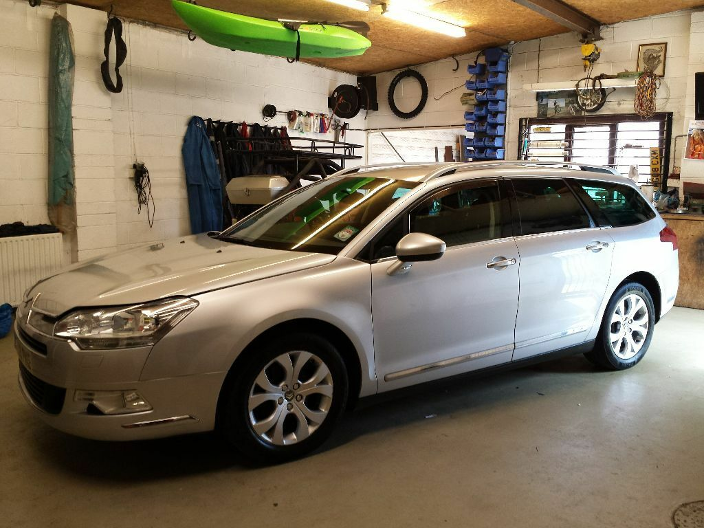 citroen c5 tourer exclusive 2 0 hdi estate 2008 in immaculate cond must be seen in bridgend. Black Bedroom Furniture Sets. Home Design Ideas