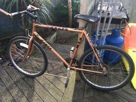 "Mens Dawes One Track mountain bike circa 1990, 26"" wheels, 23"" frame, good condition"