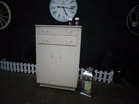SOLID OAK DRAWERS CUPBOARD/CABINET PAINTED WITH LAURA ASHLEY CREAM COLOUR VERY SOLID AND STURDY