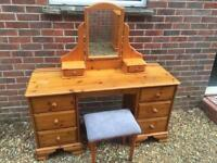 Solid pine dressing table with mirror and stool. Honey bear. Dovetail Joints..J