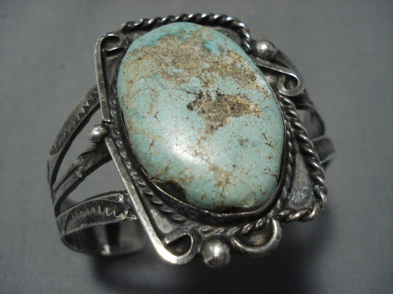 MUSEU #8 TURQUOISE VINTAGE NAVAJO STERLING SILVER CUFF NATIVE AMERICAN BRACELET