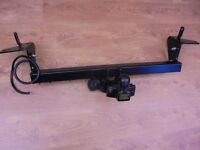 SUZUKI VITARA 3 DOOR COMPLETE TOWING BRACKET AND ELECTRICS 13PIN SOCKET AND FITTING BOLTS