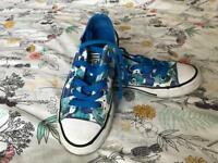 Kids converse limited edition size uk 11