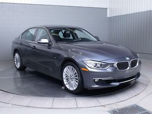 2013 BMW 328I LUXURY X-DRIVE MAGS TOIT CUIR West Island Greater Montréal image 3