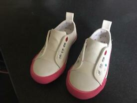 Brand new girls summer shoes size 7 .