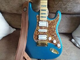 FENDER STRAT STYLE ELECTRIC GUITAR