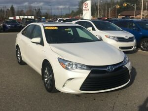 2015 Toyota Camry XLE Hybrid! ONLY $226 BIWEEKLY WITH $0 DOWN!