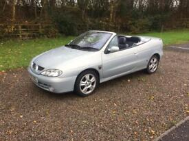 Renault Megan Convertable 2.0 die privilege plus low mileage