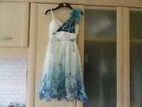 PARTY WEDDING FORMAL DRESS QUIZ WHITE AND BLUE CHIFFON UK SIZE 6