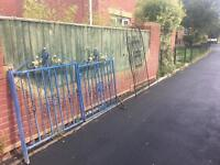 nice set of well built solid ornate driveway gates £100