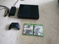 Xbox One 500GB, 2 Games, 1 controller