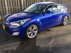 2013 Hyundai Veloster Tech Package, Automatic, Navigation, Back