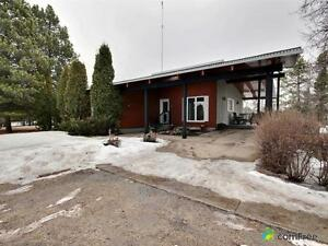 $625,000 - Bungalow for sale in Parkland County