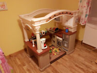 "Step2 Grand Walk-In Kitchen - Toys""R""Us"