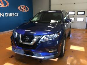 2018 Nissan Rogue SV AWD!  PANO ROOF! BACK-UP CAM!