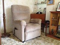 Electric riser/recliner armchair for the elderly or infirm