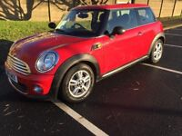 BMW mini one, red, very clean, only 82k