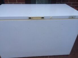 LARGE COMMERCIAL/CATERING WOOD'S CHEST FREEZER FOR SALE