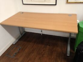 x2 OFFICE DESK IN PERFECT CONDITION
