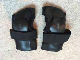 Powerslide knee, elbow and wrist protectors