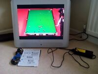 """Hitachi TV with built in freeview 20"""""""