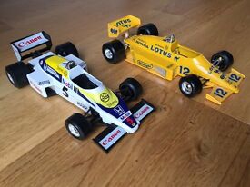 Burago 1/24 scale model Willims Honda Turbo and Lotus Honda Turbo F1 cars