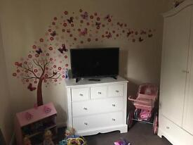 2 bed bungalow need 3 bed