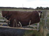 Weatherbeeta Aspen heavy integral neck 6 ft good condition black