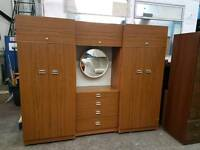 Modern triple bedroom wardrobe set with centre mirror