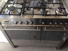 Stainless steel Range gas cooker..90cm free delivery