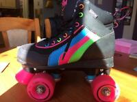 Retro style roller boots Jr size 2