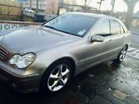 Mercedes Benz c class c220 cdi Avantgarde 2006. (Not BMW, Audi Honda, Nisslan or Toyota)