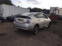 BREAKING TOYOTA PRIUS FOR PARTS FACELIFT MODEL
