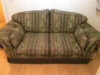 Excellent condition sofa in very cheap price - £40