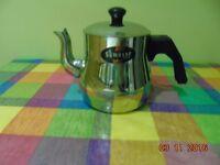 Stainless still tea pot