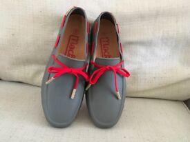 Men's Mocks Shoes Size 42/8