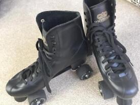 Sovereign black leather male quad roller skates size 10