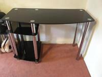 Glass computer desk (Black)