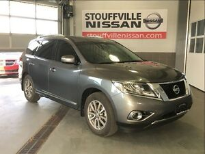 Nissan Pathfinder sl navi and pana roof nissan certified rates f