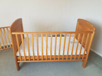 Winnie the pooh cot bed. ideal for baby to toddler